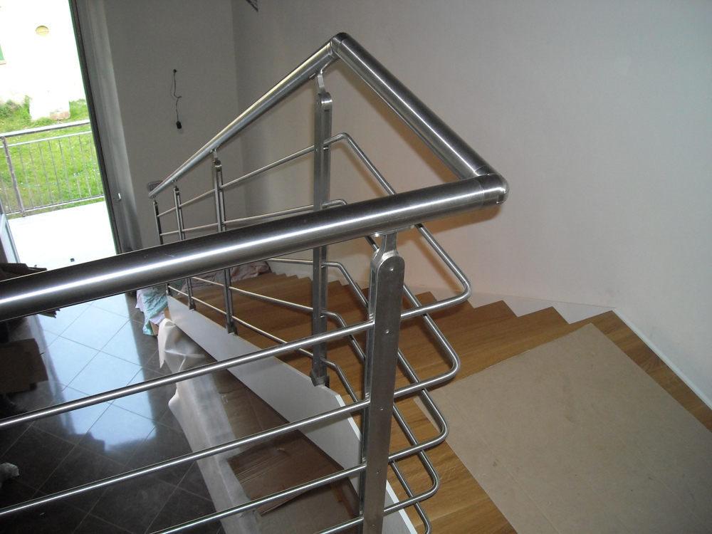 realizzazione scale in metallo lecco como 03