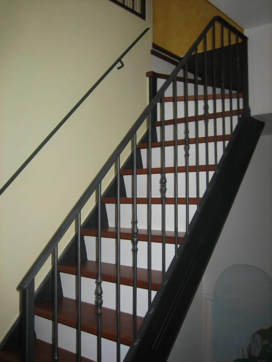 realizzazione scale in metallo lecco como 05