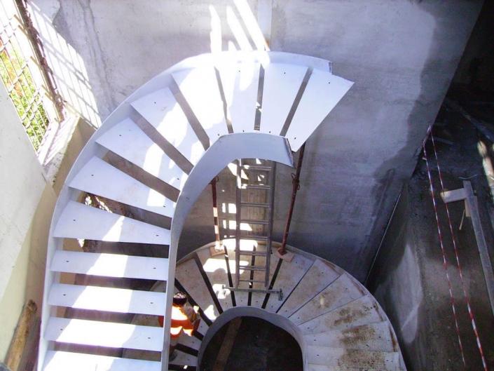 realizzazione scale in metallo lecco como 20