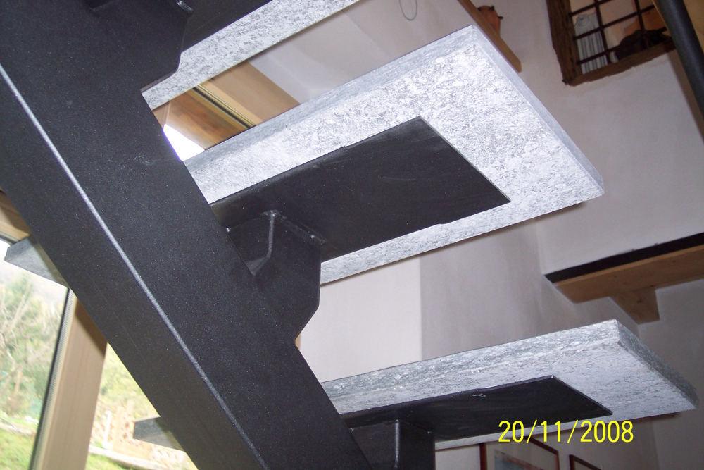 realizzazione scale in metallo lecco como 29