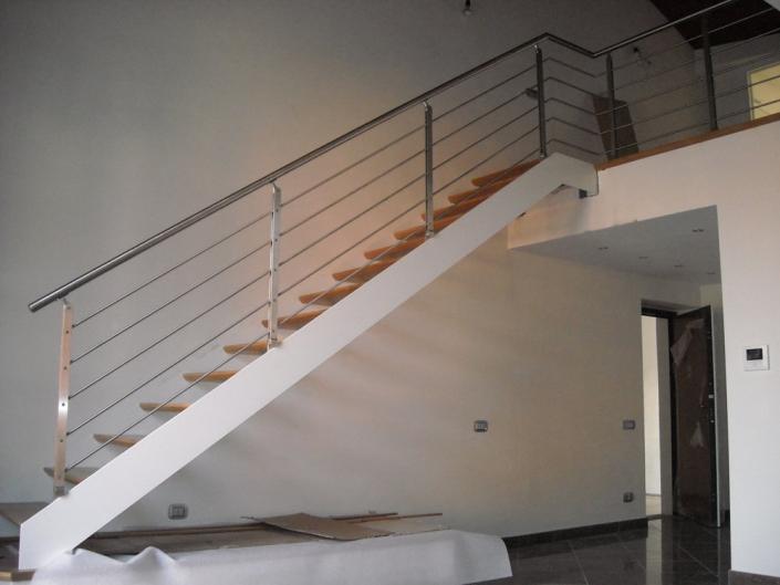 realizzazione scale in metallo lecco como 43