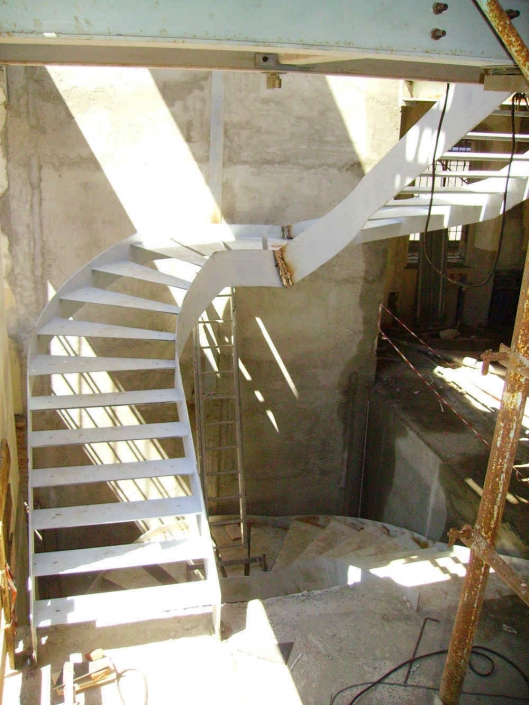 realizzazione scale in metallo lecco como 67